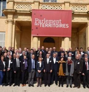 parlement territoire.jpg