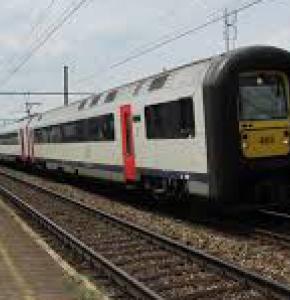 trains 2.jpg