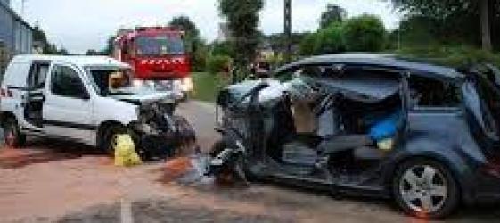 Faits divers 4 accidents de voiture et un incendie le journal du gers - Accident de voiture coup du lapin ...