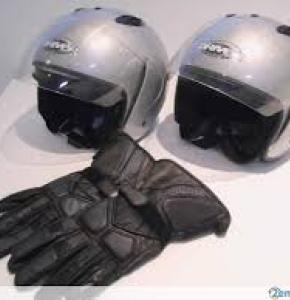 gants et casques moto.jpg