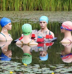 swimmers-415823_640.jpg