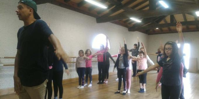 Stage danse et percussions2-min.jpg