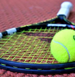 Tennis Oixabay.jpg