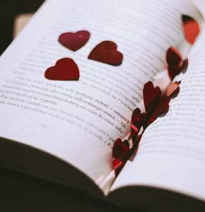livres coeurs.jpg