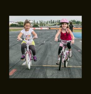 0 2 jeunes cyclistes 2ter 250614.jpg