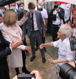 Macron IMG_4692.jpg