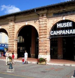 photo du musée campanaire extérieur.3.JPG