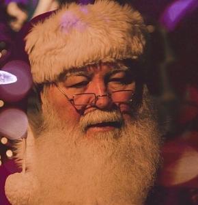 father-christmas-1149928__340.jpg