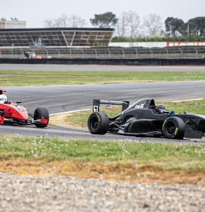 0 Le 7 et le 1 monoplaces en tête course 2 1bis 070321.jpg