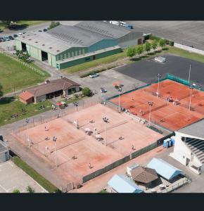 0 DR  tennis club de Nogaro.jpg
