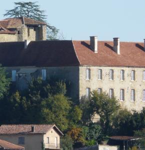 Monastere de Saint-Mont (1).JPG B.jpg