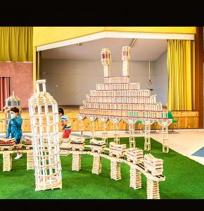 0 Structures Kapla avec la Tour de Pise 1bis 030621.jpg