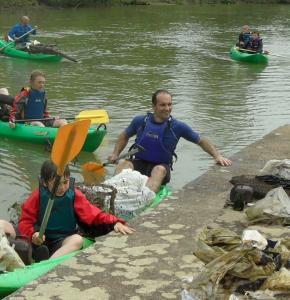 canoe kayaknettoyage04.jpg