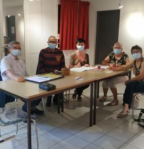 Photo groupe de travail (1).jpg
